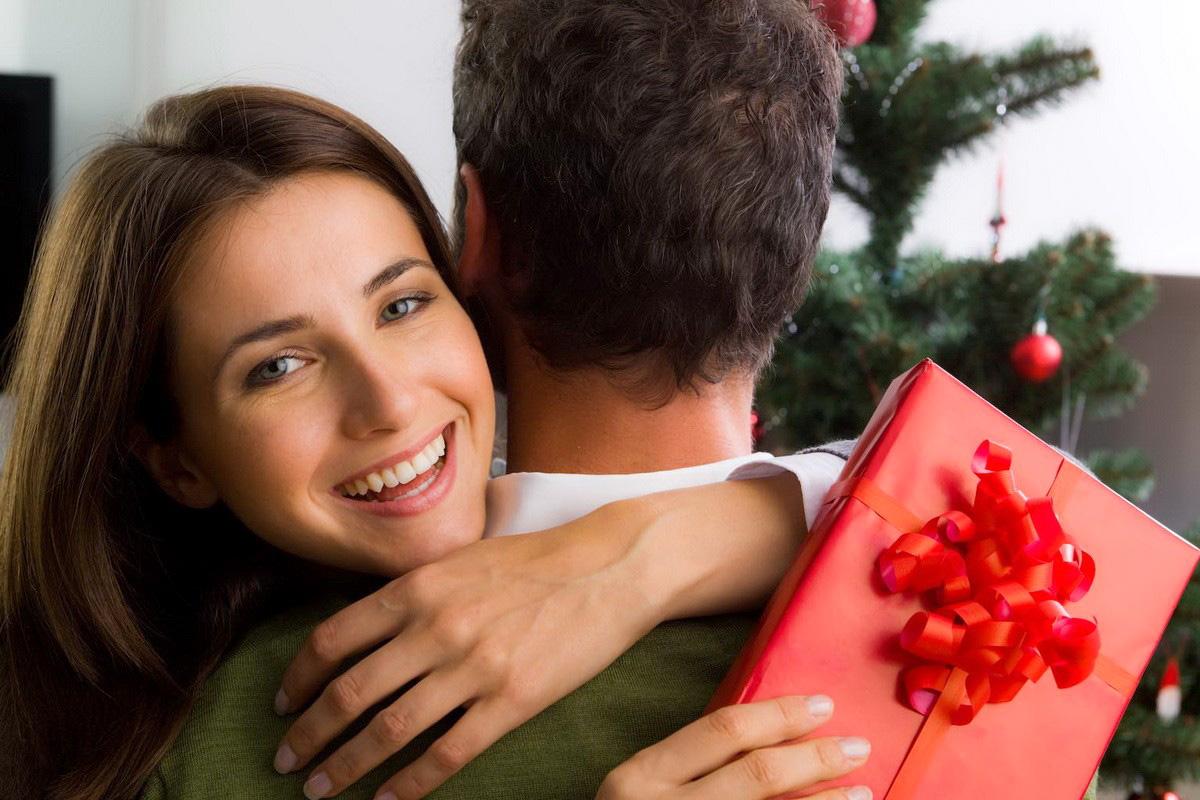Что можно подарить своей девушке вместо букета цветов?