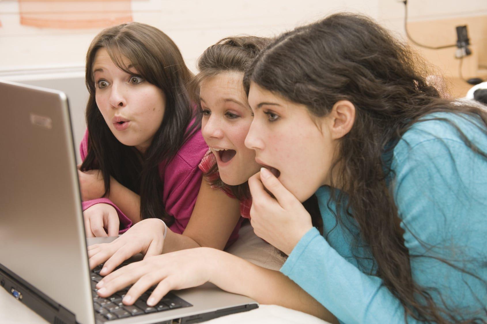 знакомство с девушкой в интернете